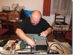 Repairing_X68000_3